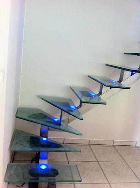 fabrication escalier inox et verre lyon devis gratuit aif creation. Black Bedroom Furniture Sets. Home Design Ideas