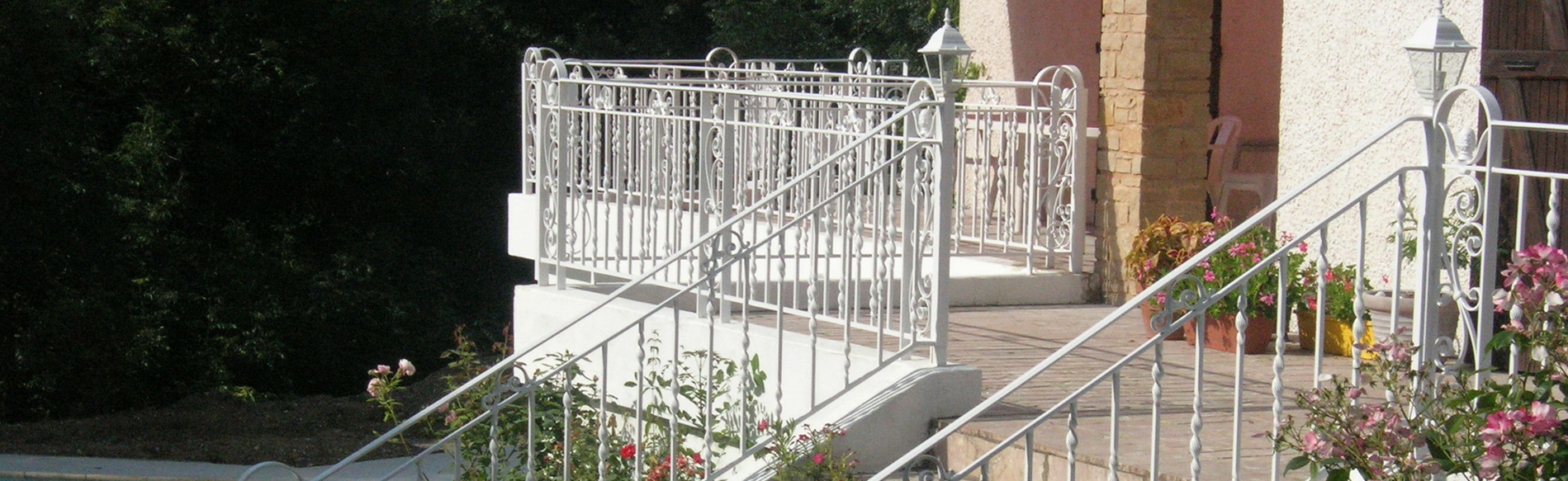 fabrication escalier en acier sur lyon